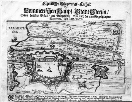 """Druk ulotny z czasu oblężenia w 1677 r. (""""Eigentlicher Belagerungs-Enthalt"""") ze sztychowanym na miedzi planem twierdzy i stanowiskami brandenburskimi. MNS/A.Foto/13659"""